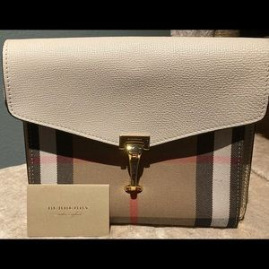 Burberry Macken House Check Fabric Limestone Gold